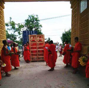 đón tượng Phật